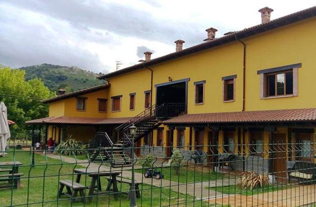Casa Rural El Castañeu, Coviella