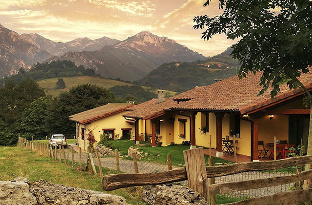 Casas Rurales Estrecastaños